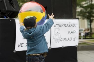 Šiemet Lietuvoje įvaikinta per 100 vaikų