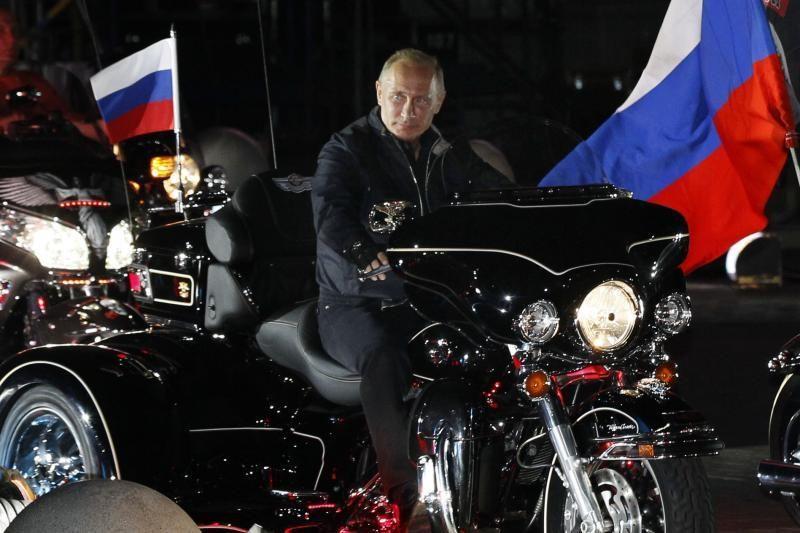V.Putino rinkimų programoje - pažadai mažinti mokesčius
