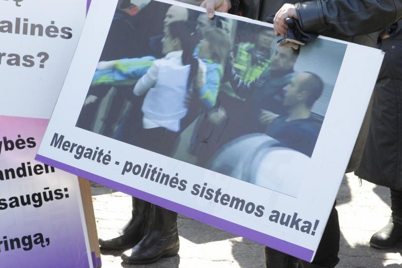 Seimas panaikino N.Venckienės teisinę neliečiamybę (23 balsavo prieš)
