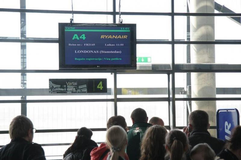 Oro uoste triukšmavęs kaunietis Londono nepasiekė