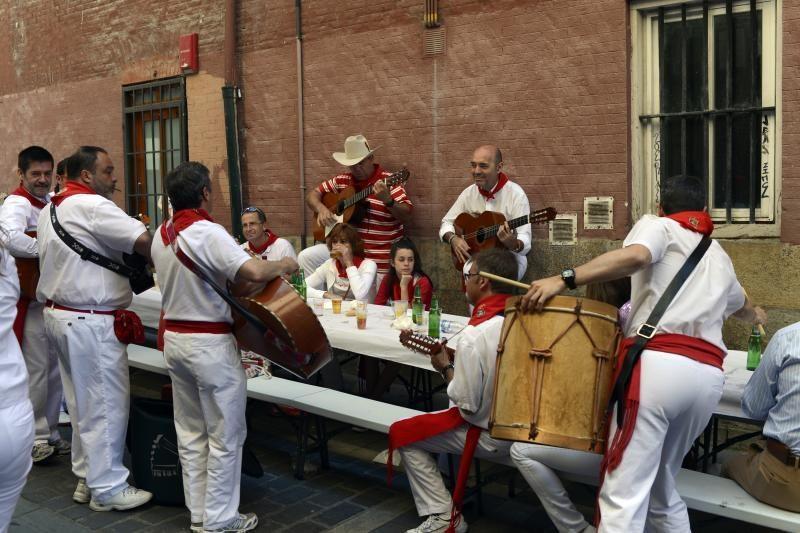 Ispanijoje San Fermino festivalyje buliai sužeidė du žmonės