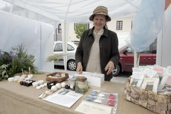 Žolynų turgus: žolininkių patarimai ir būrėjų tiesa (programa)