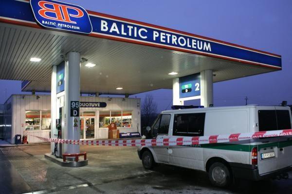 Vilniuje vidury dienos apiplėšta degalinė
