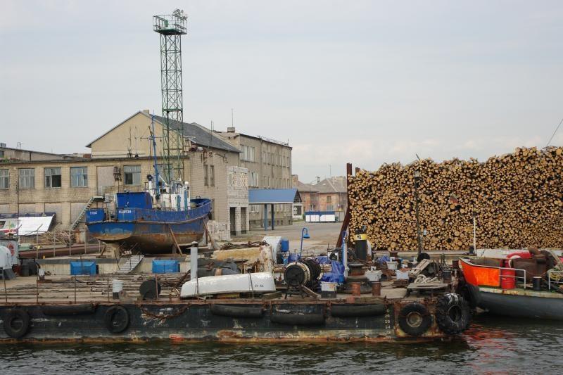 Klaipėdos jūrų uoste vyko neaiški krova
