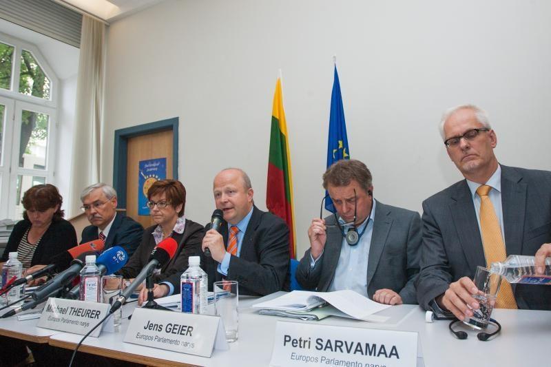 Neradus sutarimo dėl IAE, gali būti įšaldytas ES finansavimas
