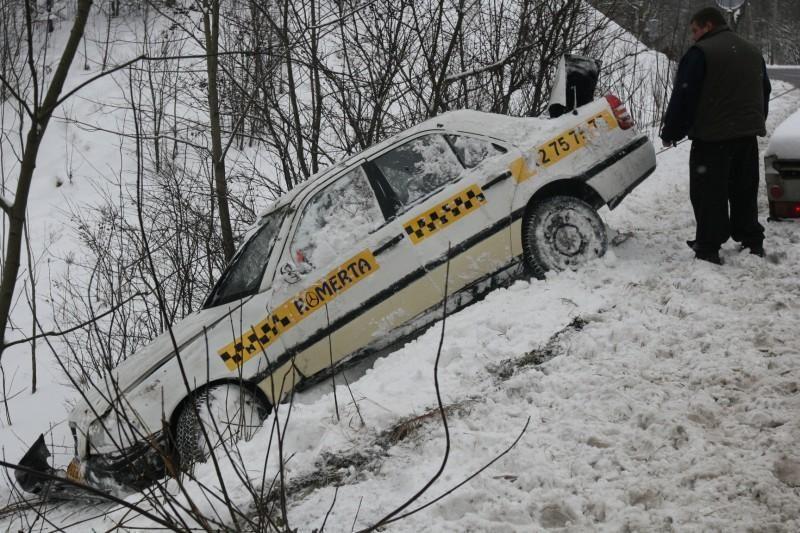 Vilniuje nukentėjo nuo kelio nulėkęs taksistas