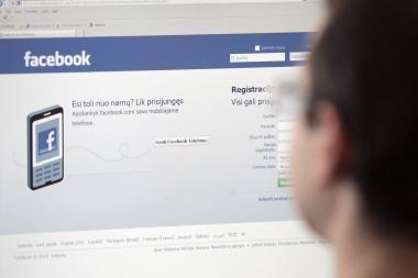 """""""Facebook"""" populiaresnis už pornografiją"""