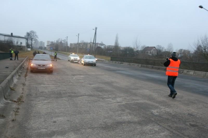 Vilniuje pėsčiųjų perėjoje mirtinai sužalotas pėsčiasis (papildyta)