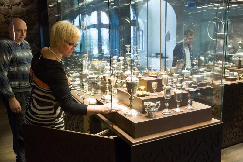Medininkų pilyje eksponuojama A.Brazausko medžioklės trofėjų kolekcija