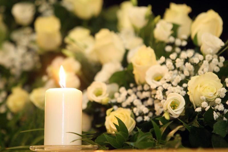 Kasinėjimai įrodė: gėlės per laidotuves yra senovinė tradicija