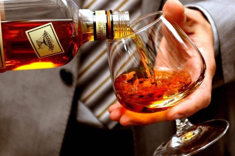 Vienam gyventojui pernai teko 11,9 litro alkoholio