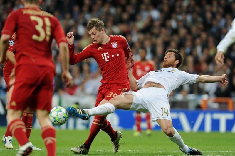 """Po įtempto baudinių trilerio """"Bayern"""" eliminavo """"Real"""" klubą"""