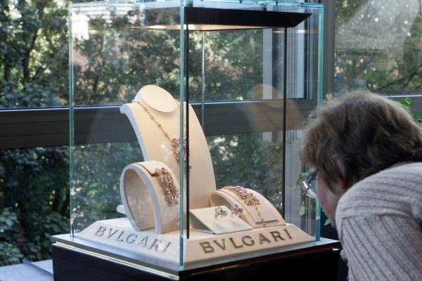 Pirmą kartą Lietuvoje - 50 mln. litų vertės BVLGARI kolekcija