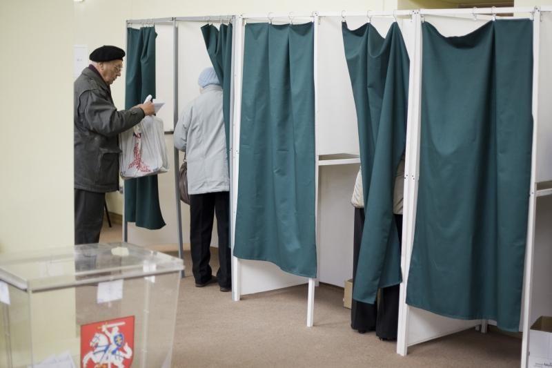 Antrame ture Kaune kol kas balsavo bent du kartus mažiau rinkėjų