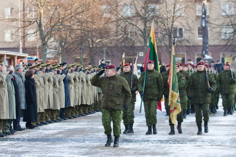 Susitarimas dėl gynybos finansavimo nejuda iš mirties taško