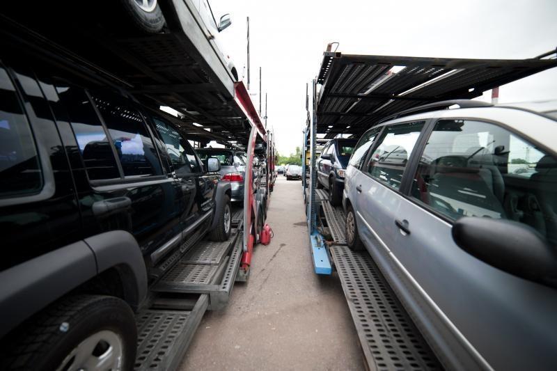 """""""Regitroje"""" prie autoturgaus sulaikytas Belgijoje ieškomas automobilis"""