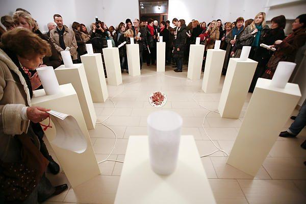 Parodos eksponatais tapo rožių aromatai