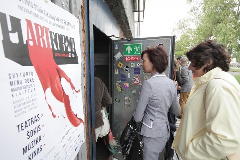 """Klaipėdoje prasidėjusioje """"Plartformoje"""" – šiuolaikinių menų paradas"""
