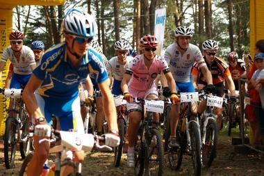 Lietuvos kalnų dviratininkai titulus dalinsis paskutiniajame etape