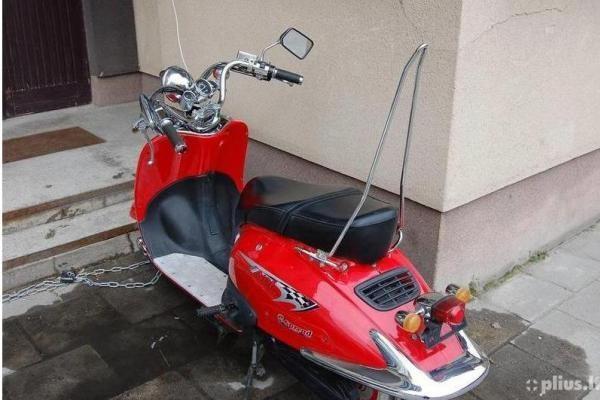 L.Karaliaus skelbime apie motorolerį – vagystės įkalčiai