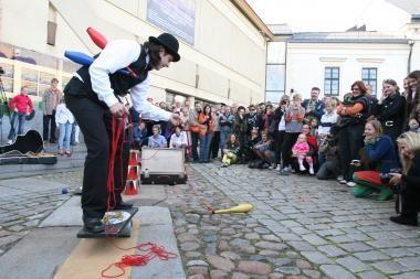 Klaipėdos teatras prašė aukų ir žadėjo būti drauge