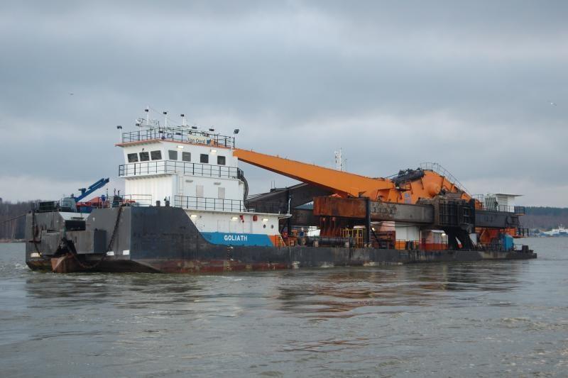 """""""Vakarų laivų gamykla"""" baigia modernizuoti žemsiurbę """"Goliath"""""""