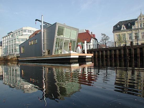 Buriuotojo svajonė - būstas ant vandens