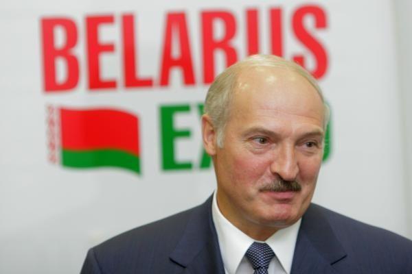 A.Lukašenka: pinigai Baltarusijos opozicijai remti eina ir per Lietuvą