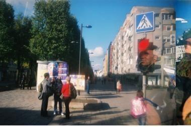 Spalvota Kauno vizija per autobuso langus