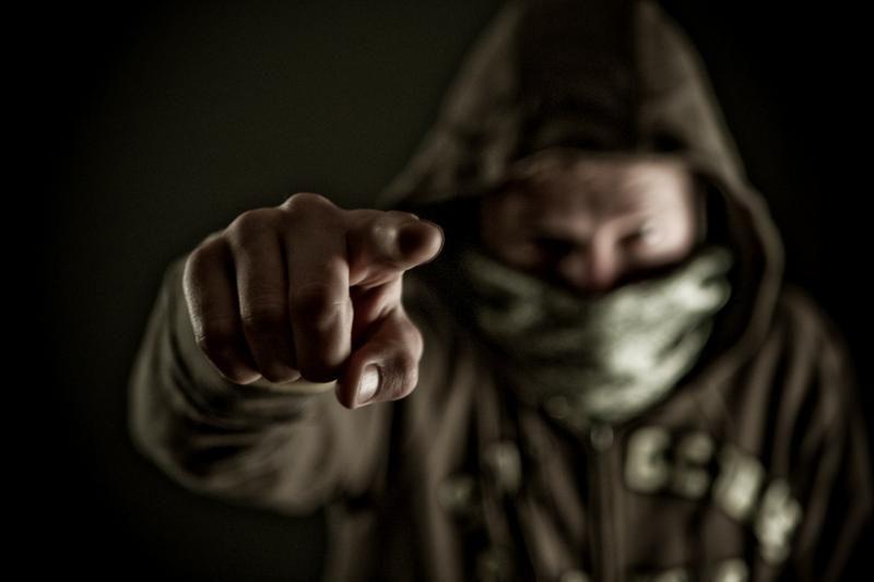 Užpuolikai grasindami peiliu apiplėšė klaipėdietį