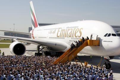 Naujo tipo keleivinės lėktuvų kėdės bus išdėstomos dar tankiau