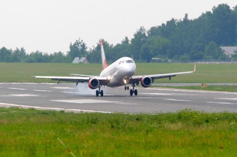 """Pirmajam """"Air Lituanica"""" skrydžiui koją kiša CAA"""