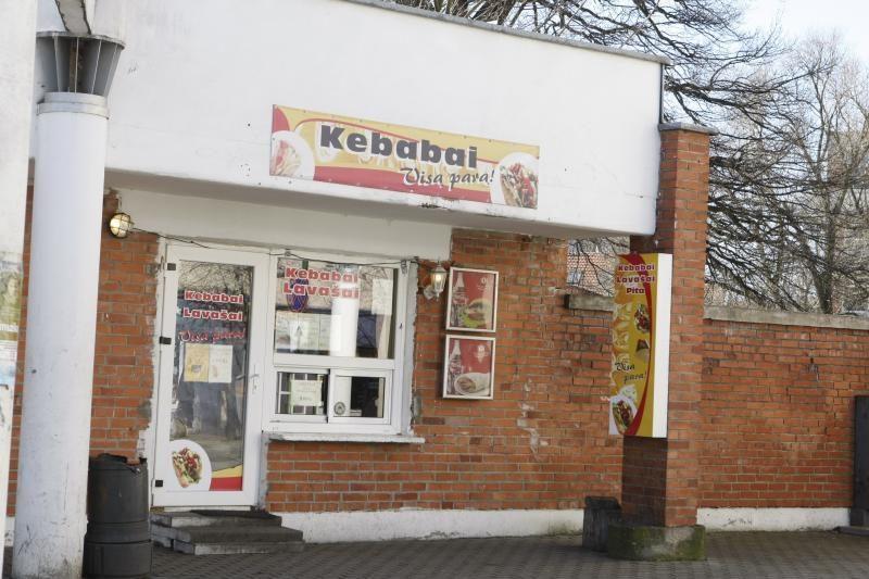Klaipėdoje vagis iš kebabinės pavogė kasos aparatą