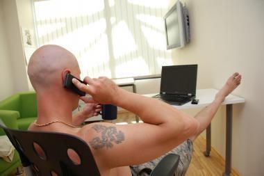 Telefoninių sukčių planus pakeitė guvi senolė