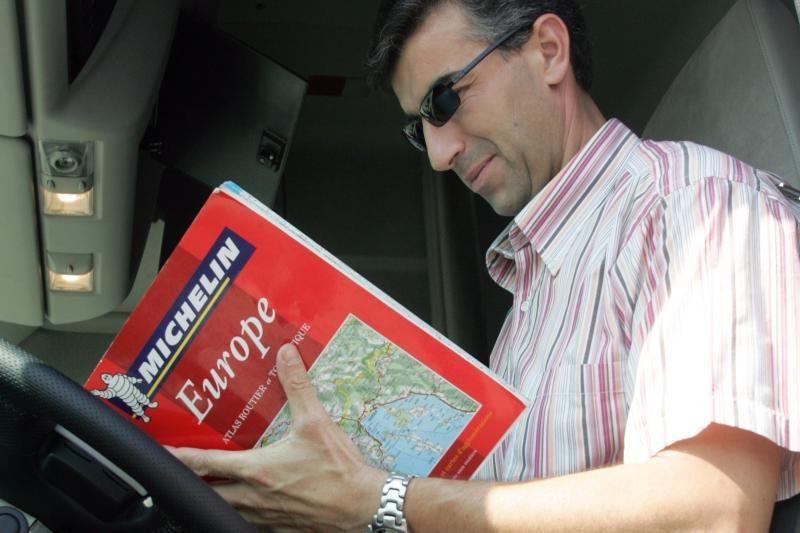 Britai mieliau renkasi paprastą žemėlapį nei GPS