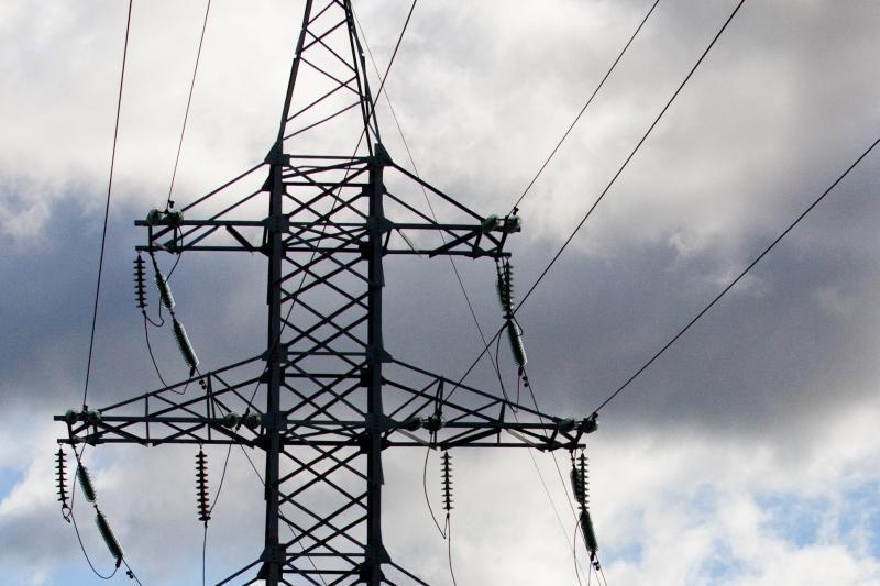 Elektros neturi dar apie 100 tūkst. vartotojų