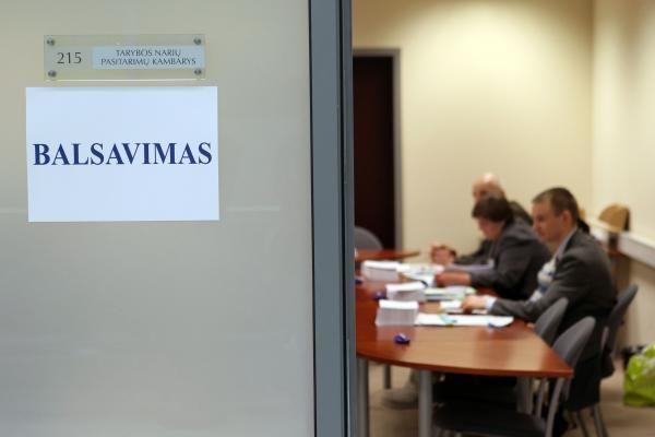 Rinkimų komisijų nariais tapo keli šimtai bedarbių
