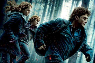 """Pasaulinio fenomeno pabaiga: """"Haris Poteris ir Mirties relikvijos (1 dalis)"""""""