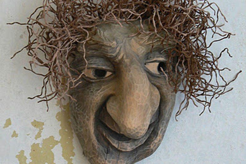 """""""Aušros Vartų meno galerijoje"""" - paroda """"Užgavėnių kaukės"""""""