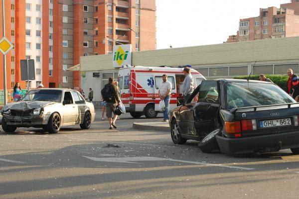 Klaipėdoje avarijoje nukentėjo vairuotoja