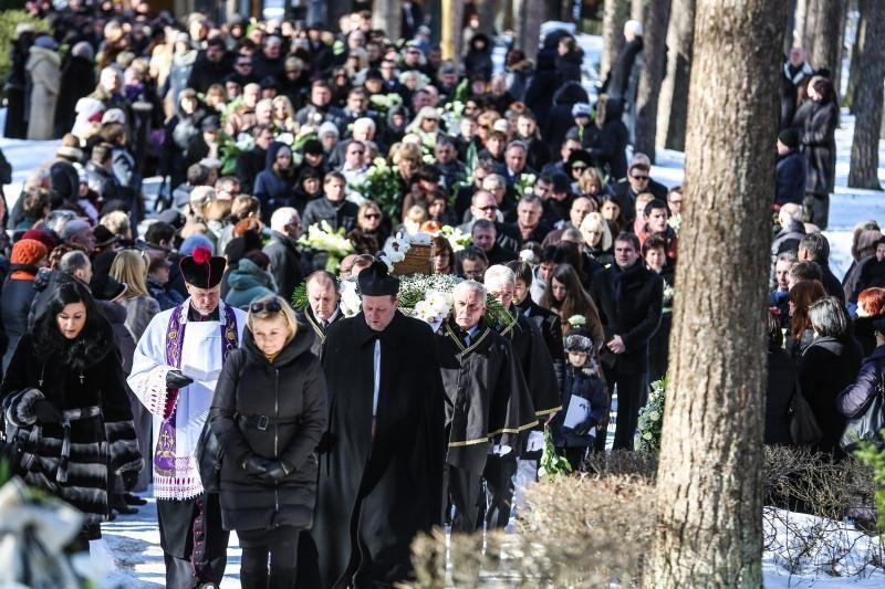 I. Matijošaitienę į paskutinę kelionę palydėjo šimtai žmonių