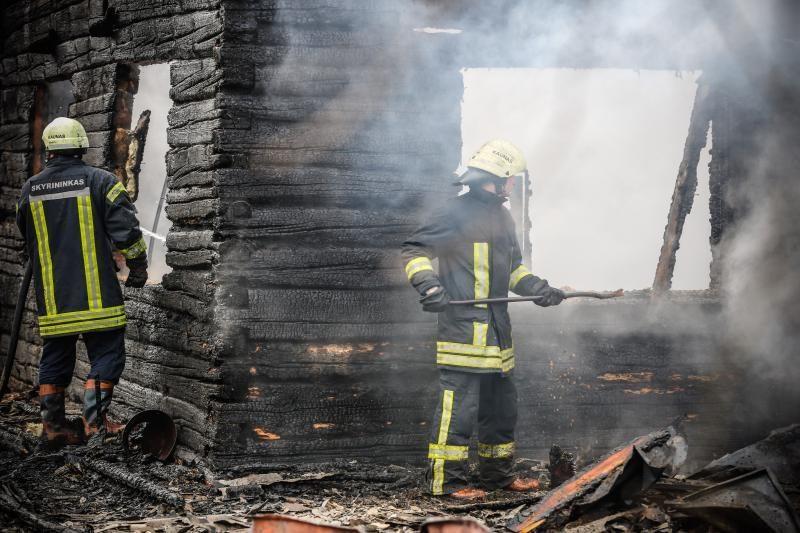 Per pusmetį Lietuvoje kilo daugiau nei 7 tūkst. gaisrų