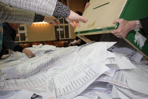 Siūloma griežtinti bausmes už balsų pirkimą
