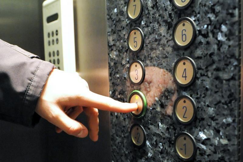 Šilainių liftų maniako teismo posėdis – už uždarų durų