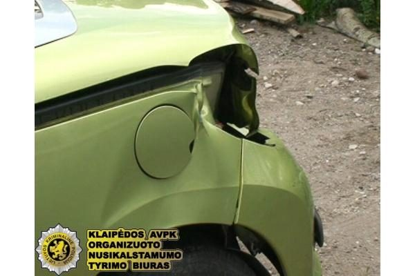 Klaipėdos r. imituota avarija tūkstančių neatnešė