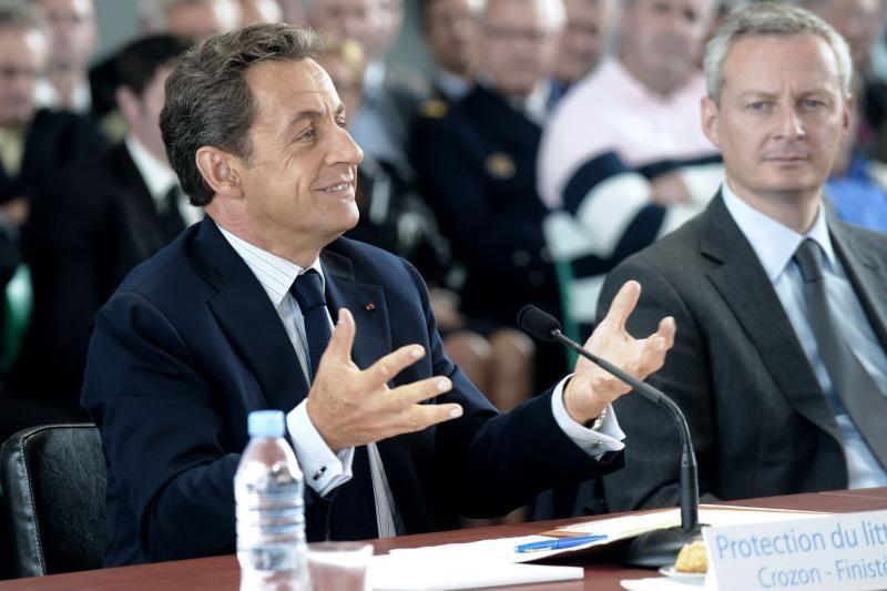 Prancūzų socialistai renka savo kandidatą į prezidentus