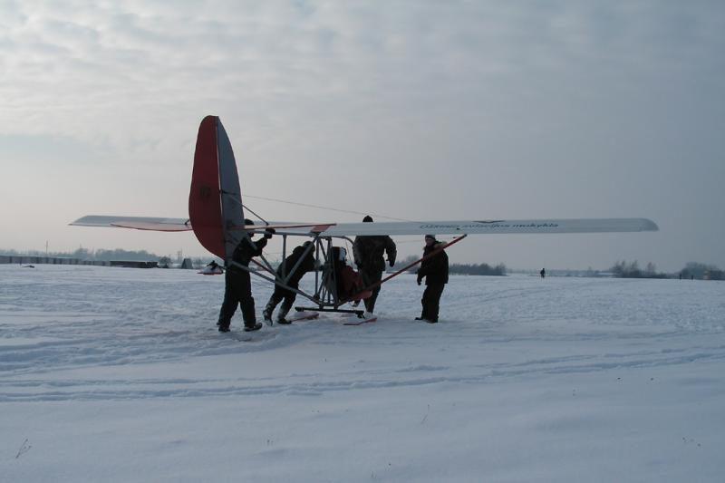Penkiolikmečiai sklandytojai žiemą užbaigė skrydžiais