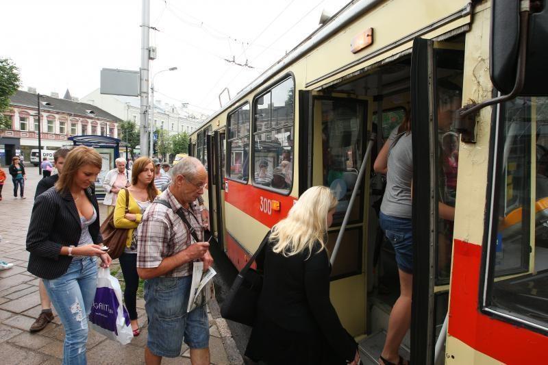 Klaus kauniečių nuomonės apie viešąjį transportą
