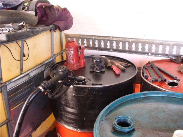 Vilniuje garaže aptikta nelegali degalinė