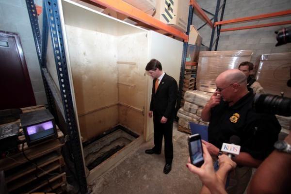 Meksikos narkomanijos byla: rastas narkotikų kontrabandos tunelis į JAV
